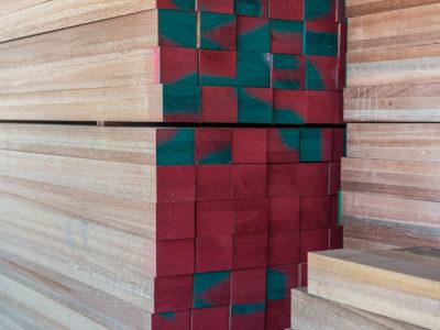 εγκαταστάσεις Holz